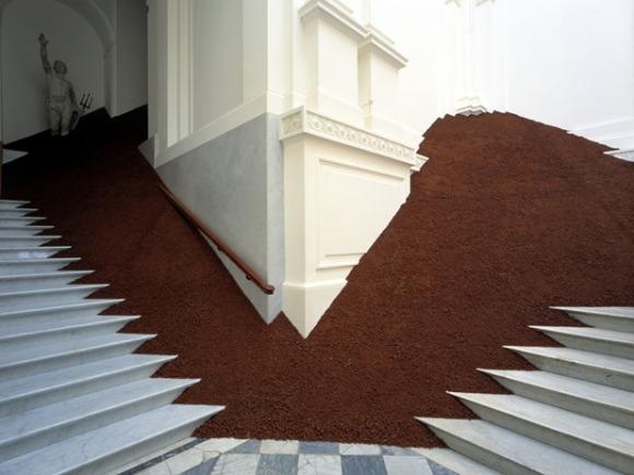 Magdalena Jetelovà - Domestication of a Pyramid